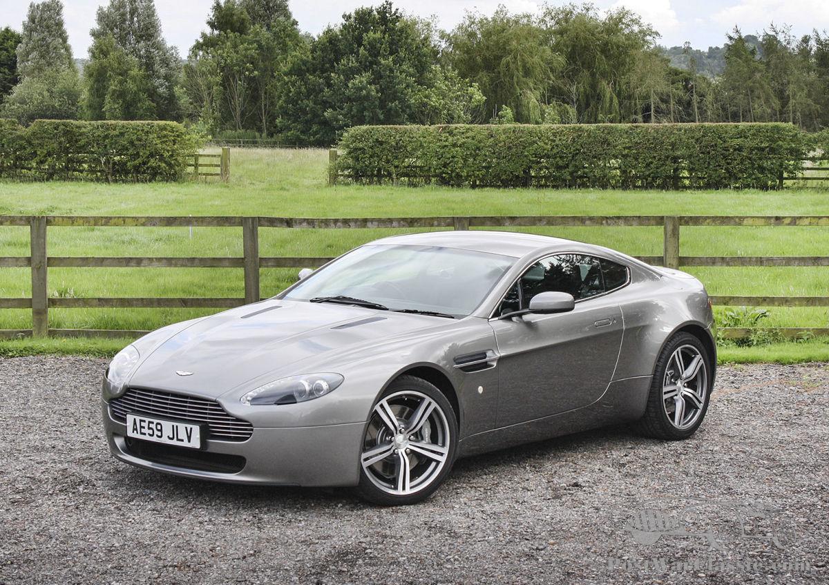 Auto Aston Martin Coupe 8 zu verkaufen - PostWarClassic | 2009 aston martin v8 vantage